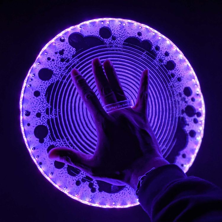 Magneto Light Up LED Power Disc Prop ( Kirby Crackle )